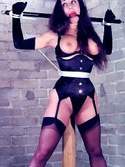 Hardcore BDSM Action