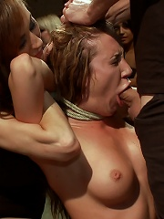 Ass Queen Amy Brooke Gets Fisted and DPed